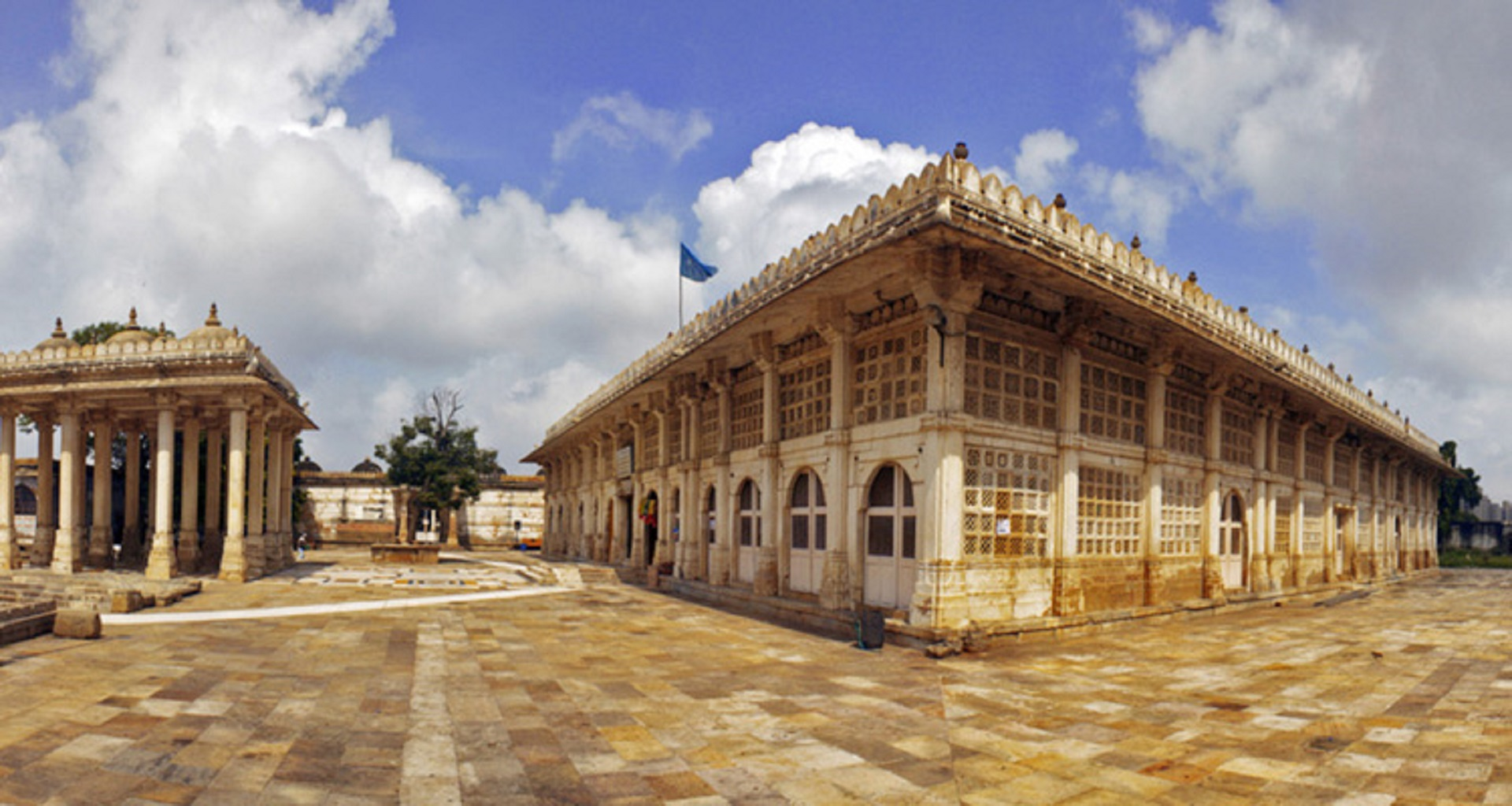 sarkhej-roza-ahmedabad-tourism-opening-time-closing