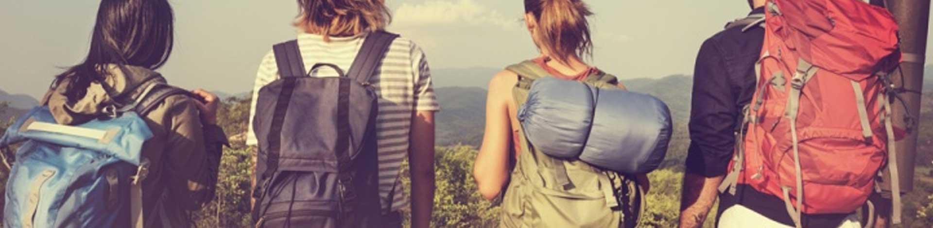 Solo-friends-travel