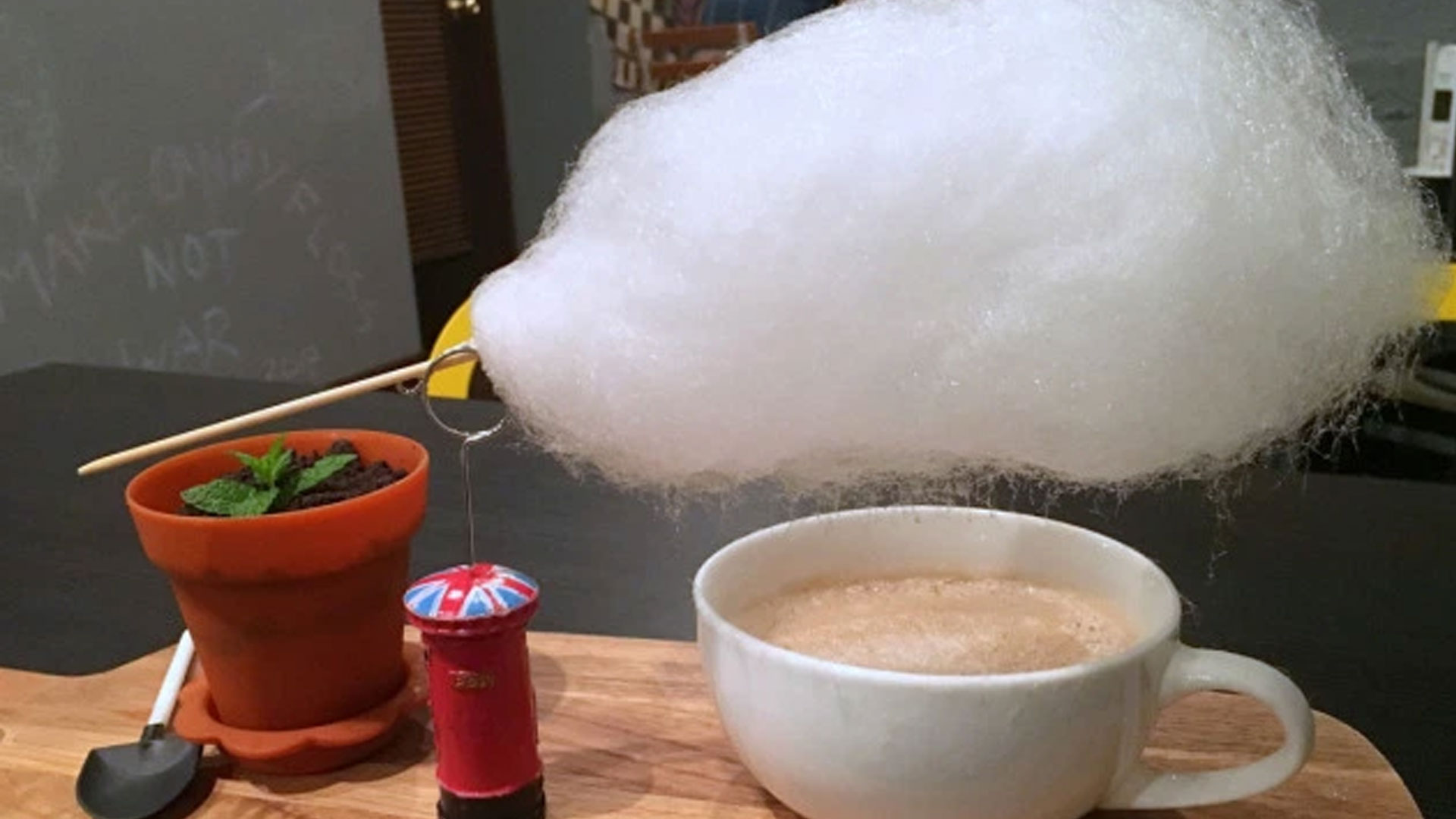 This-Cafe-in-Shanghai-serves-Coffee-with-Cotton-Candy;-It-looks-Magical!