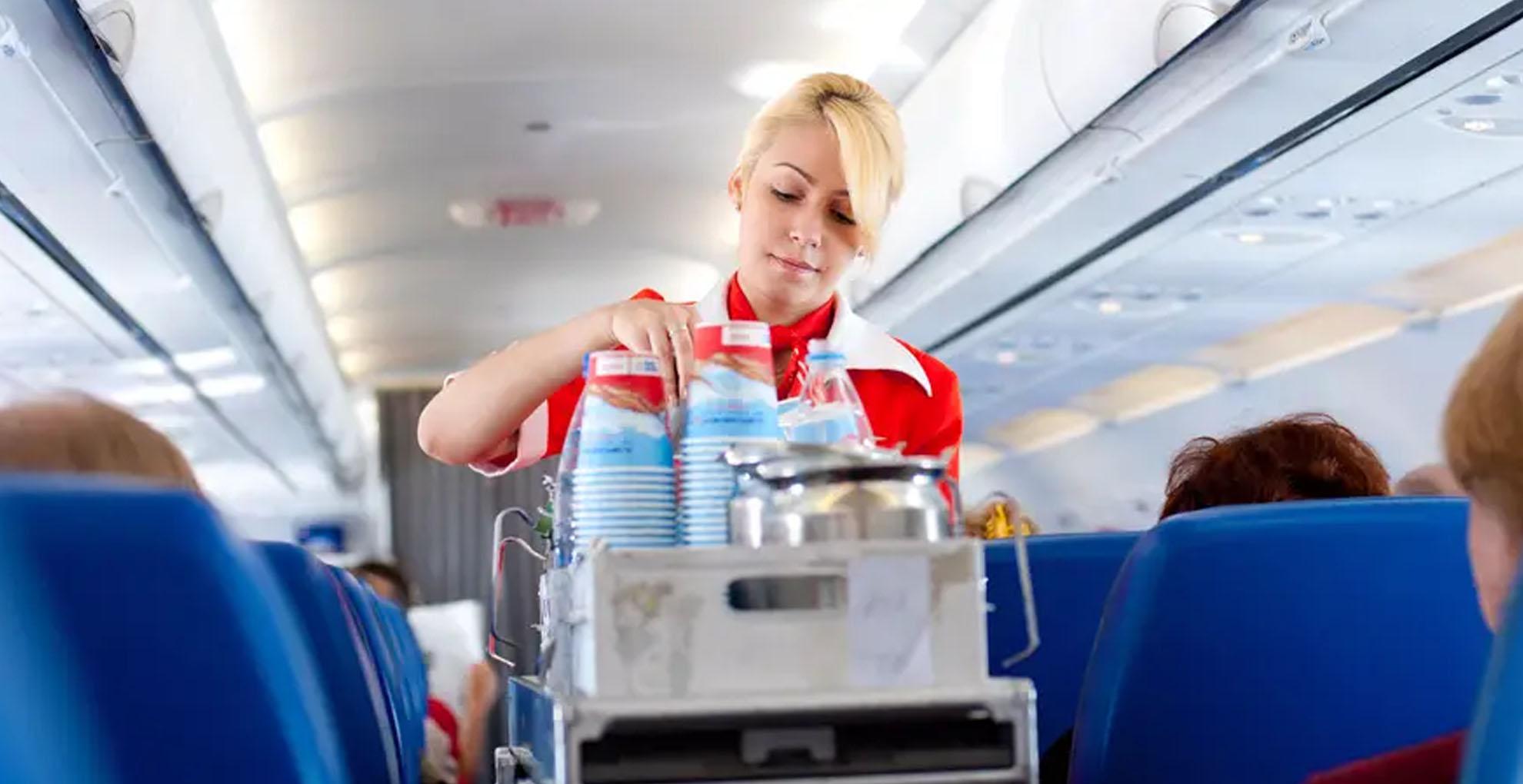 Proper diet to take before boarding a flight